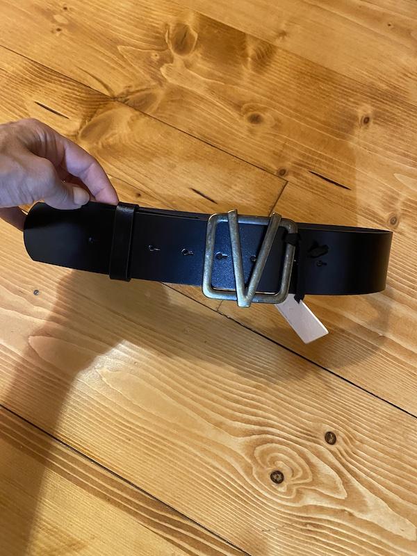 Cintura in Pelle con Fibbia Bronzo  V di Vicolo