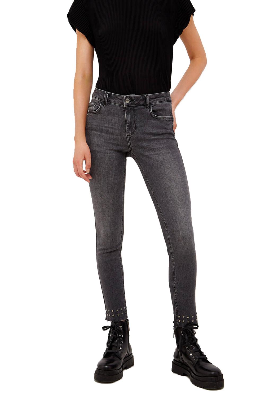 Jeans Skinny con Borchie