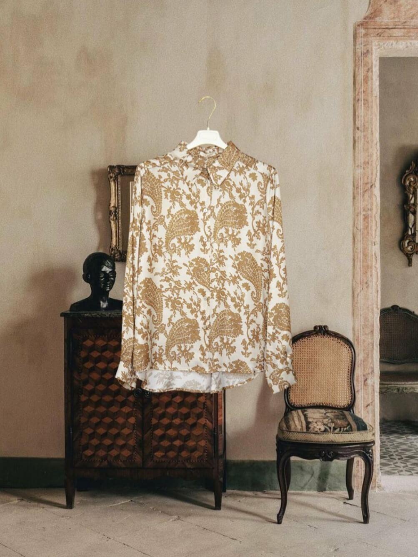Camicia sagomata Ilary Hanami D'or
